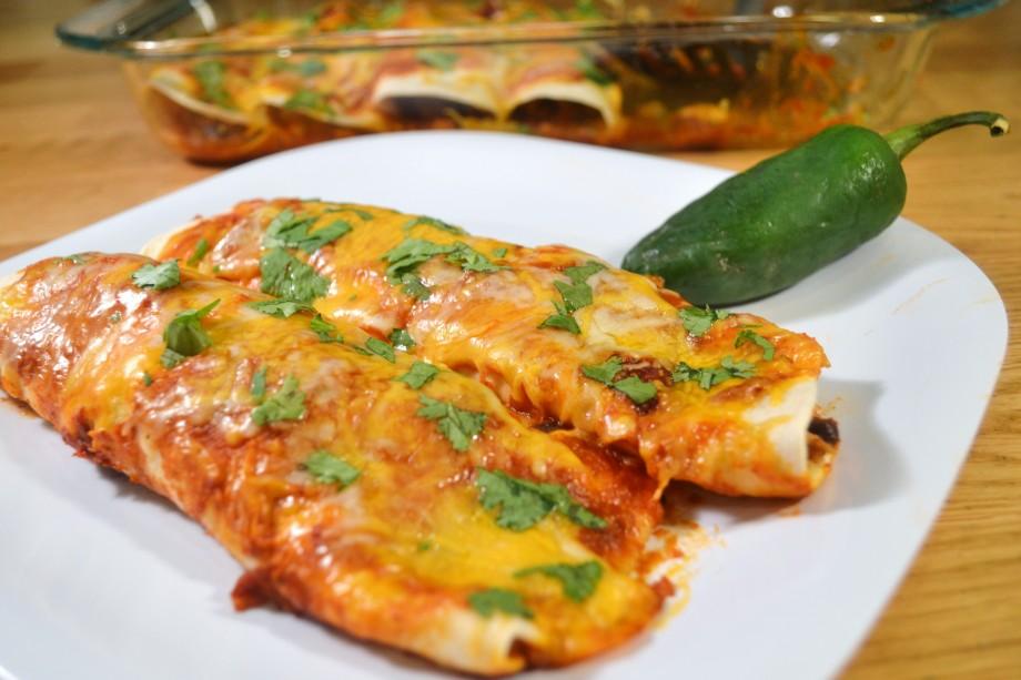 Turkey Black Bean Enchiladas (withcheeeeeese)