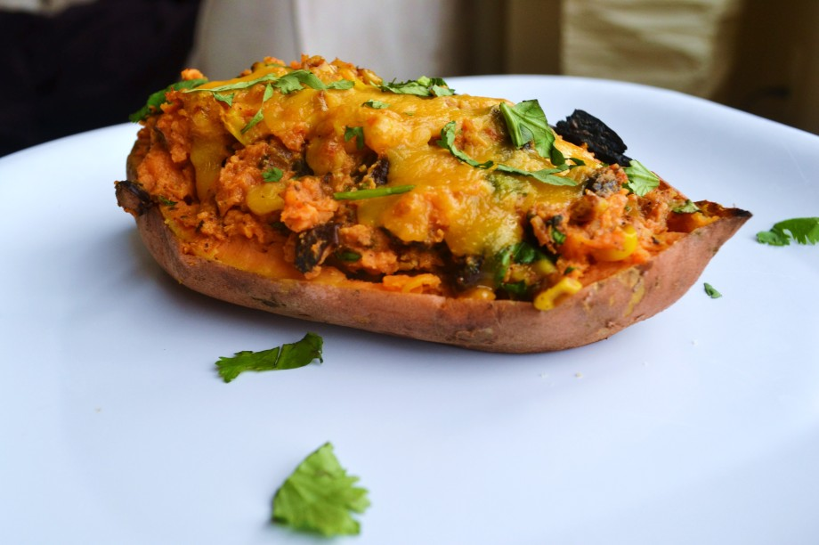 Meatless Monday: Southwestern Stuffed Sweet Potatoes