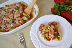 spicy vegetarian stuffed shells with three kinds of cheese
