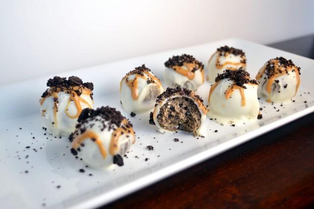 Oreo Peanut Butter Truffles 2 | windykitchen