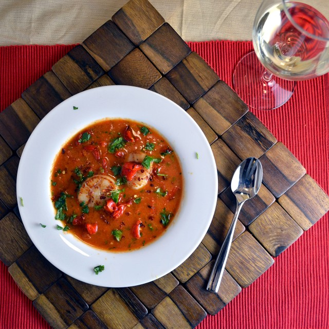 Roasted Red Pepper Soup with Seared Scallops 2 | windykitchen