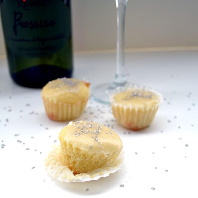 Prosecco Mini Cupcakes 2 | windykitchen