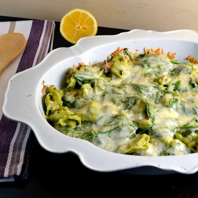 Creamy Lemon-Spinach Tortellini Bake | windykitchen