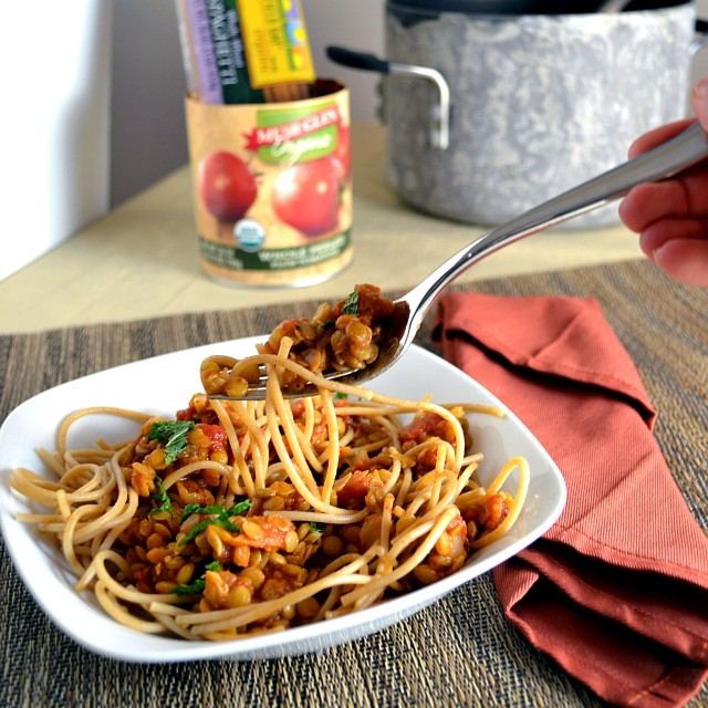 Lentil Marinara with Whole Wheat Spaghetti and Mint | windykitchen