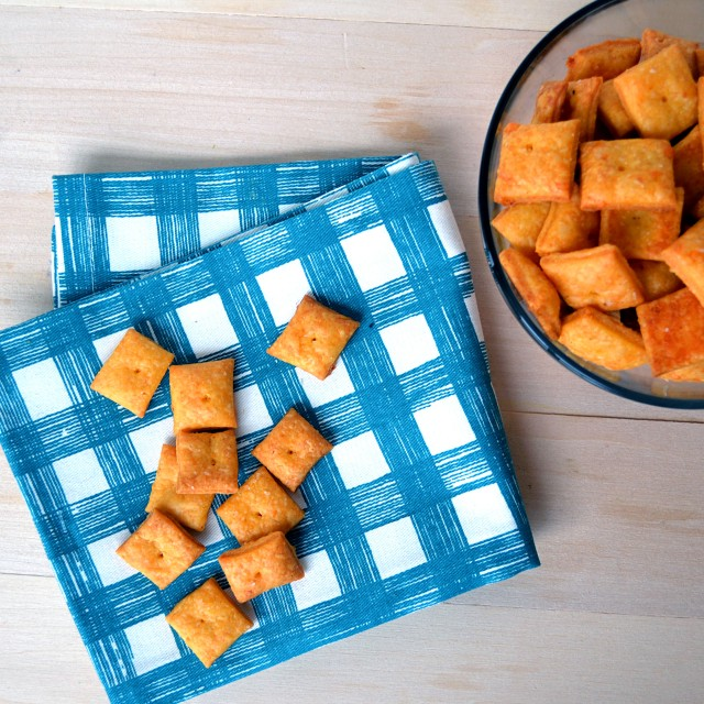 Homemade Cheez-Its | windykitchen