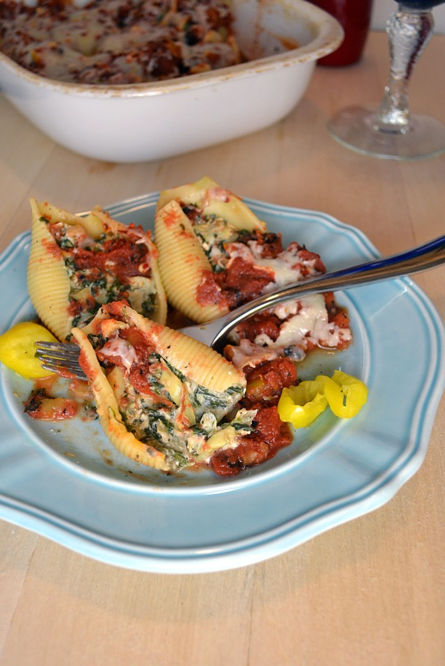 Mediterranean Feta Stuffed Shells | windykitchen