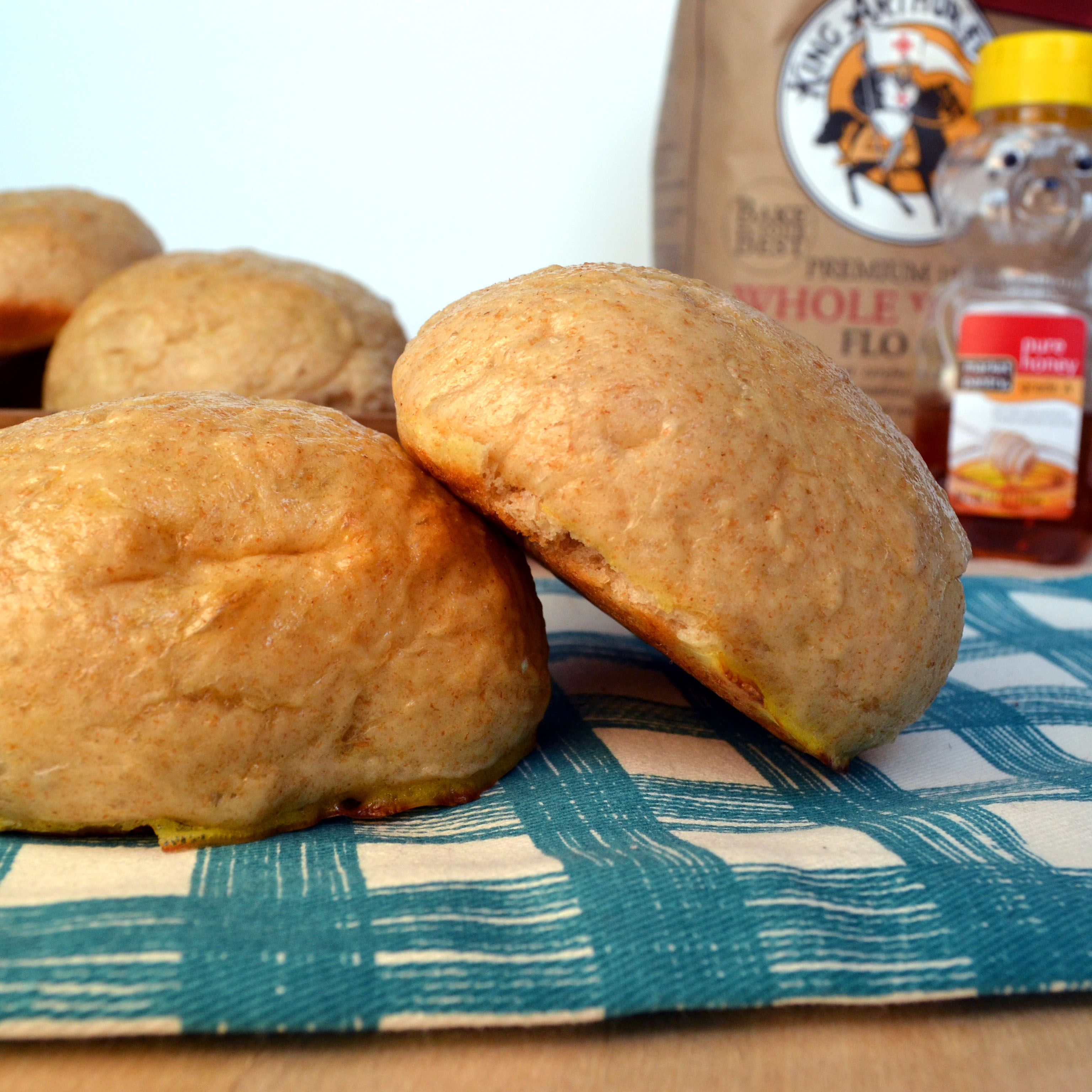 HONEY WHEAT SANDWICH BUNS (slightly adapted from Annie's Eats )