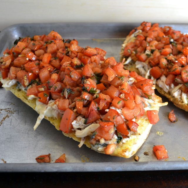 Chicken Gorgonzola Bruschetta | windykitchen