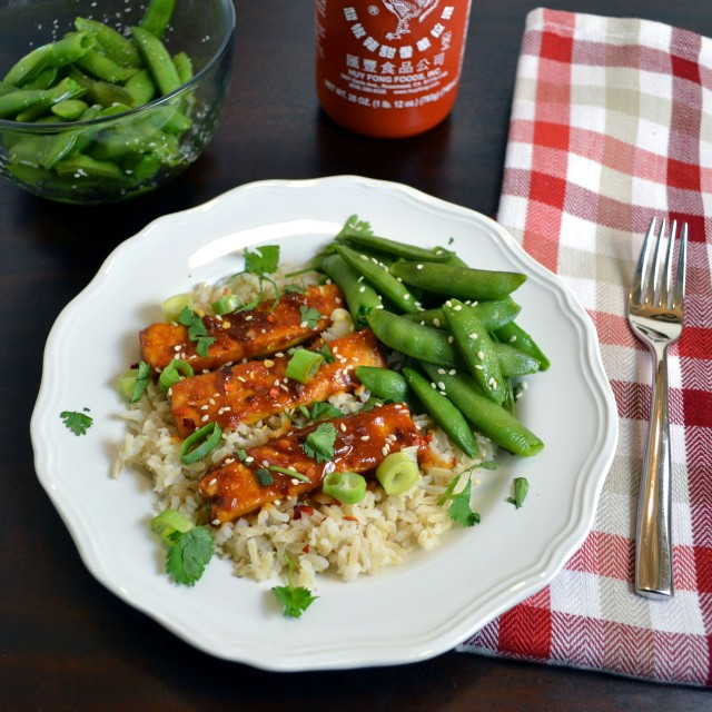 Meatless Monday: Spicy Peanut Butter Tofu with Sriracha | windykitchen