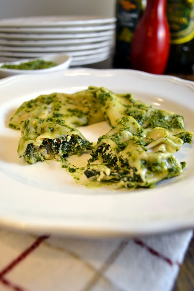 Spinach Sundried Tomato Ravioli | windykitchen