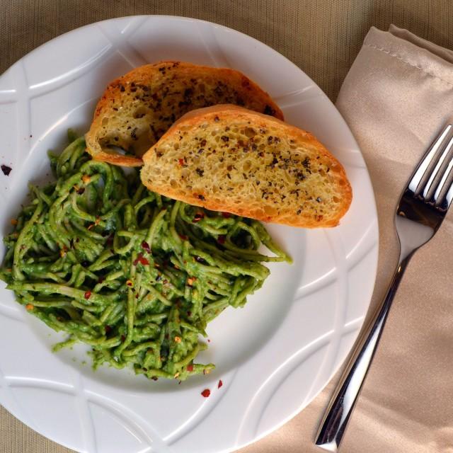 Avocado-Spinach Pasta |windykitchen