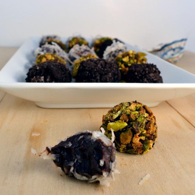 Easy Spicy Dark Chocolate Truffles | windykitchen
