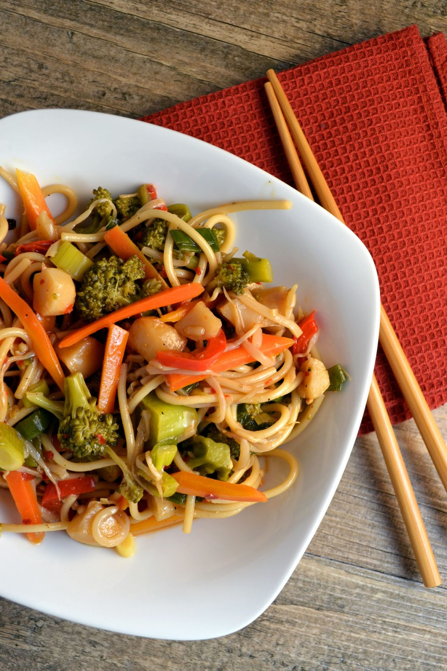 Meatless Monday: Veggie Lo Mein