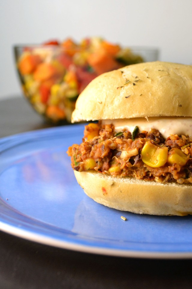 Black Bean Quinoa Veggie Burgers | windykitchen