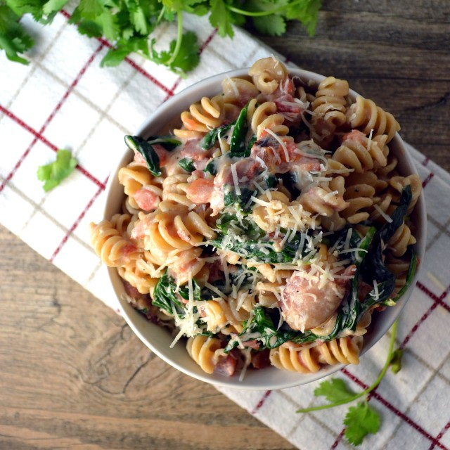 Bacon Ranch Pasta with Spinach, Tomatoes | windykitchen